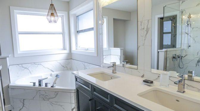 Czy łazienka w marmurze to dobry pomysł?
